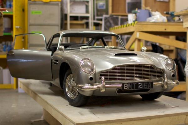 Aston Martin DB5 Bond Skyfall